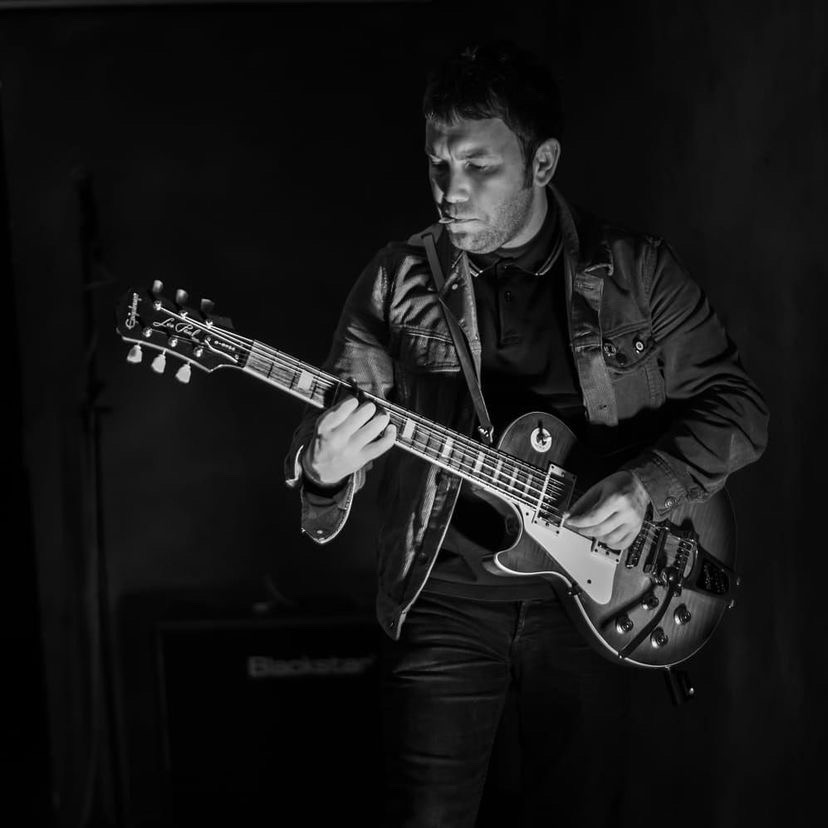 graham-hanlon-guitar-record-weekly