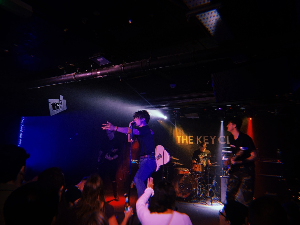 for-you-the-moon-gig-august-leeds-record-weekly