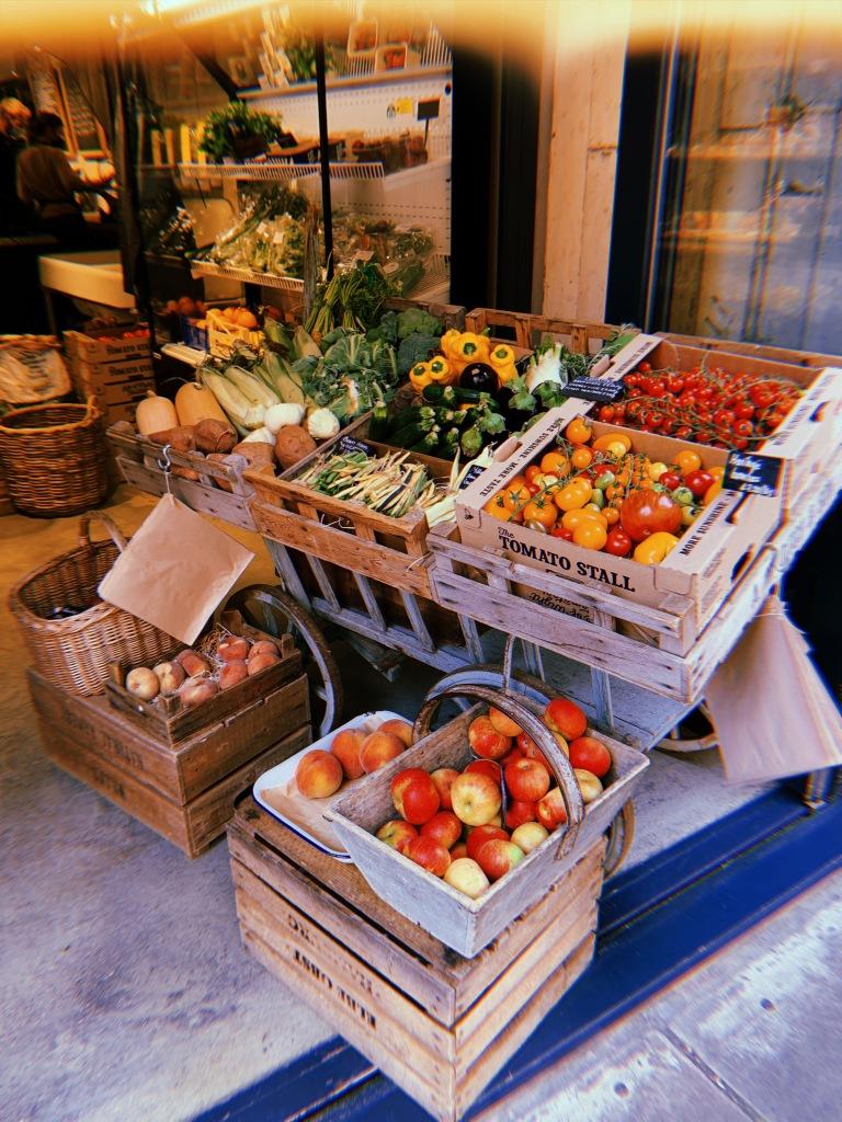bermondsey-fruit-stall-record-weekly